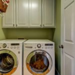 404-cobblestone-ct-burlington-small-007-24-laundry-666×444-72dpi