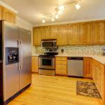 404-cobblestone-ct-burlington-small-009-6-kitchen-666×444-72dpi