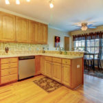 404-cobblestone-ct-burlington-small-010-14-kitchen-666×445-72dpi