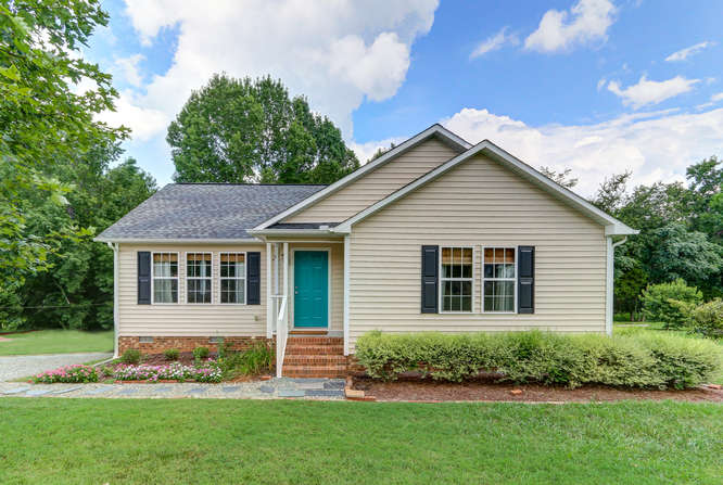 8410 Silas Dr Snow Camp NC-small-001-1-Front of Home-666×447-72dpi