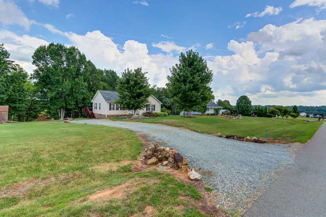 8410 Silas Dr Snow Camp NC-small-003-2-Front Yard-666×444-72dpi