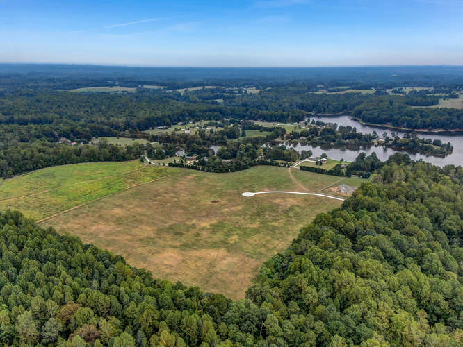 Henry Meadows-small-001-001-33 Acre Lot-666×500-72dpi