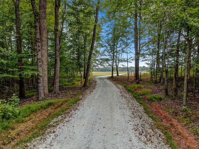 Henry Meadows-small-010-007-33 Acre Lot-666×500-72dpi